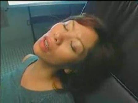 【翔田千里】四十路美熟女が産婦人科で医者にクンニされてます♪これは診察...