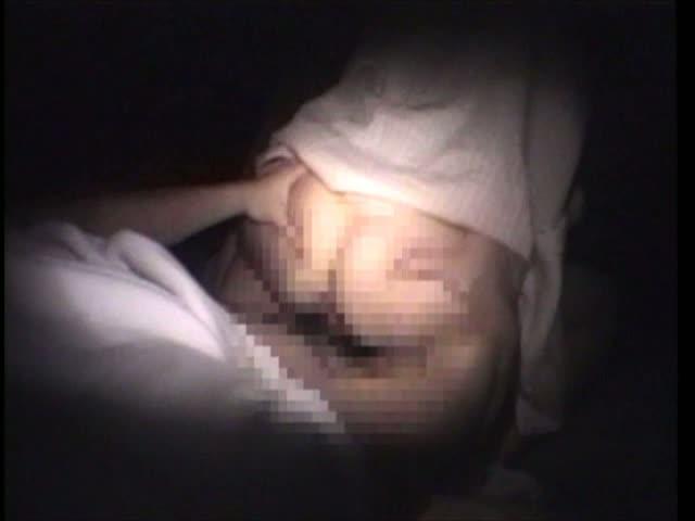 いいとこのお嬢さんに男2人で夜這いして3Pハメまくり!!