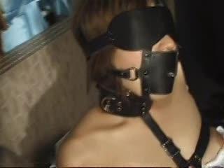 ボンテージ拘束プレイのM女 笠木忍